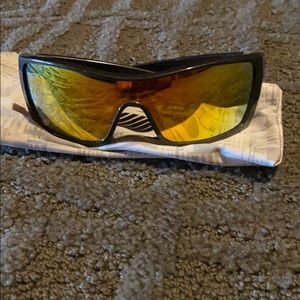 Oakley bat wolves